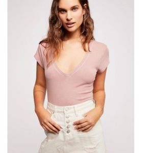 Free People Pale Pink v neck Tee XS